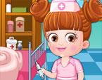 Doktor Hazel Bebek Giydir