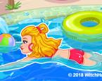 Elsa Yüzme Havuzunda