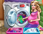 Hamile Kız Çamaşır Yıkama