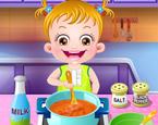 Hazel Bebek Yemek Yapıyor