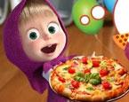 Maşa ile Koca Ayı Pizza Yapma